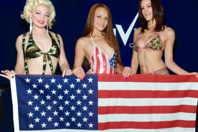 VIVID CABARET NEW YORK GIRLS SHOW THEIR PATRIOTISM AT HOLIDAY PARTIES